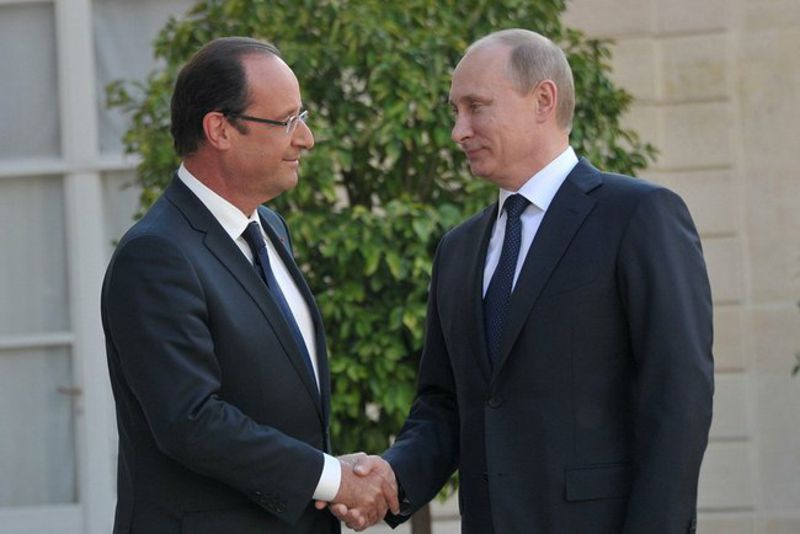 http://www.euinside.eu/files/image/a-new-eu-russia-agreement-is-the-stumbling-block-in-their-relations/hollande_putin.jpg